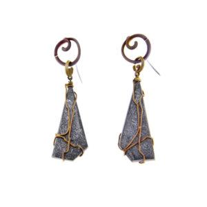 mizar - hematite earrings pic1