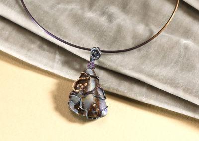 dubhe - matrix opal pendant pic3