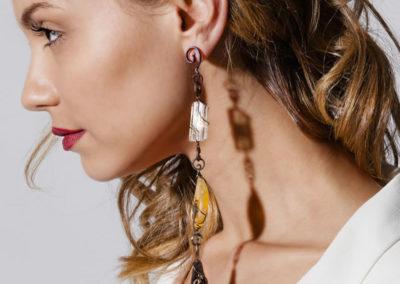 merak - fossil wood earrings pic3