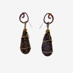 merak - fossil wood earrings with golden finish pic2