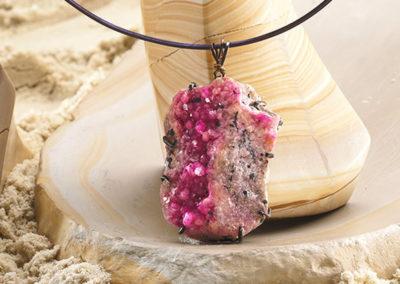 mizar - cobaltian calcite pendant pic3