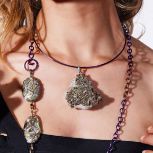 mizar - pyrite on green quartz pendant pic3